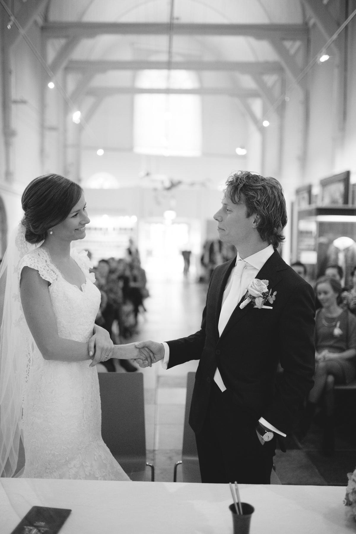 Joost en Marije trouwen in Gouda (40 van 57)