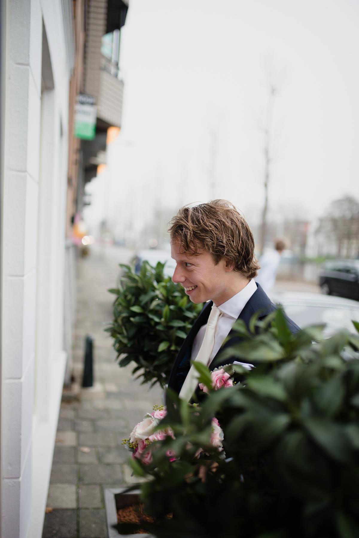 Joost en Marije trouwen in Gouda (9 van 57)