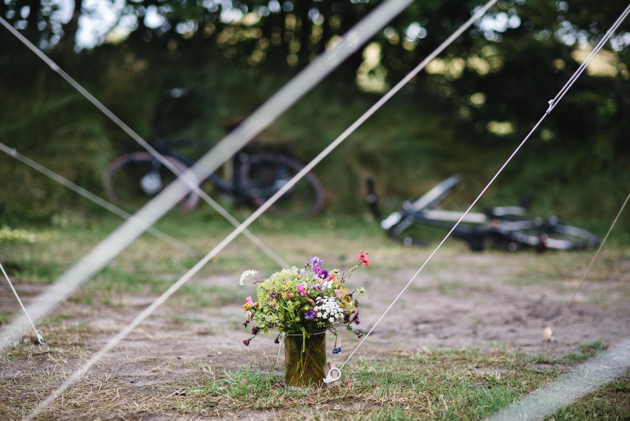 Kampeerboeketten Staatsbosbeheer bloemen op de camping Laurie Karine de fotograaf - 7-2